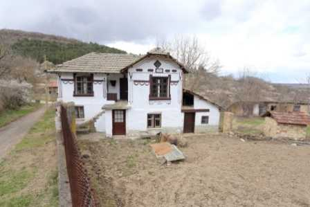 Bulgaria Property Finder (Traditional Bulgarian House For Sale In Gorsko Ablanovo Ref 4980B Cash Buy