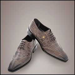 Handmade bespoke Shoes - by Rare Made